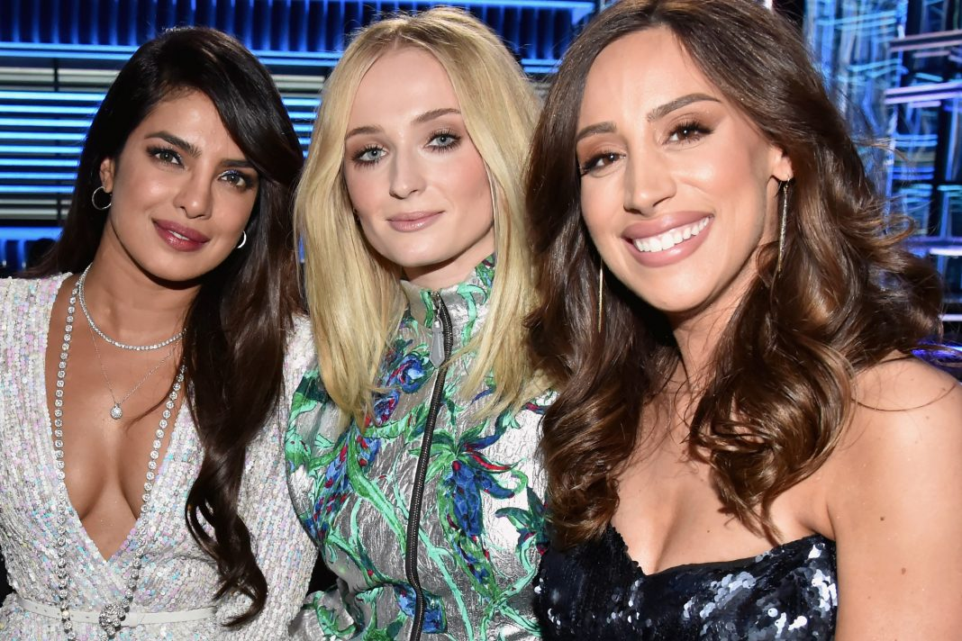 Sophie Turner, and Danielle Jonas Dance to the Jonas Brothers at the 2019 Billboard Music Awards