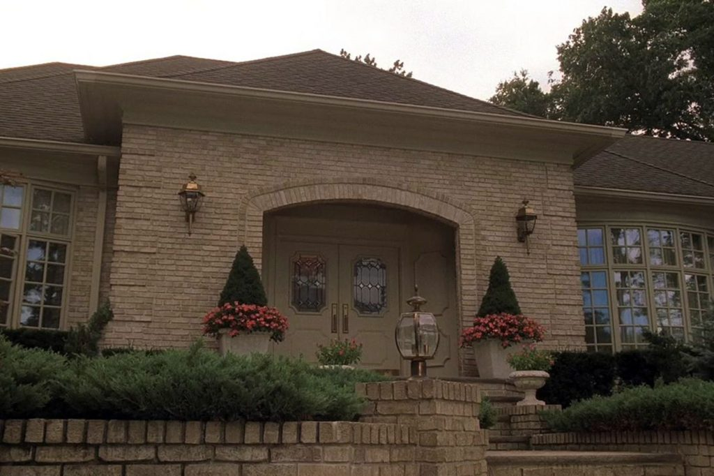 'Sopranos' house hits the market with starting price of $3.4M