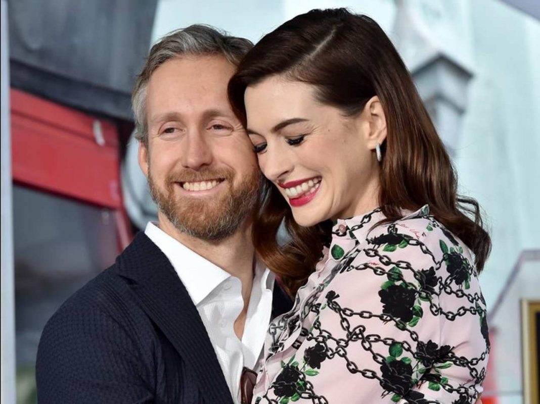 Anne Hathaway is pregnant and talks about her infertility