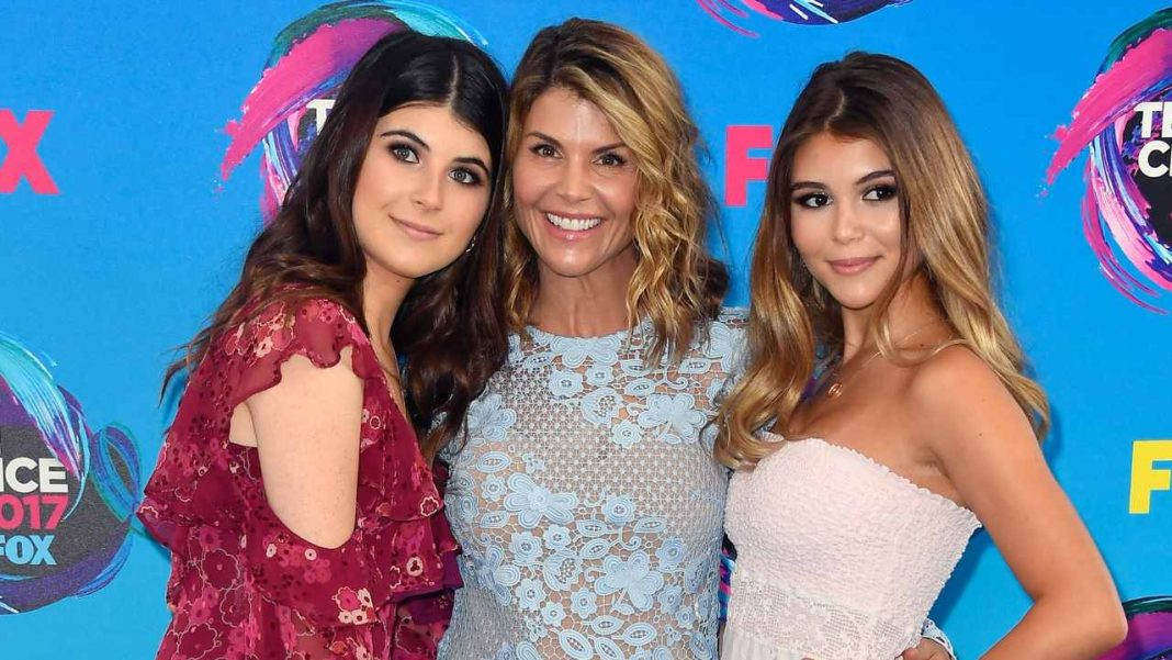 Lori Loughlin breaks daughters' internet silence