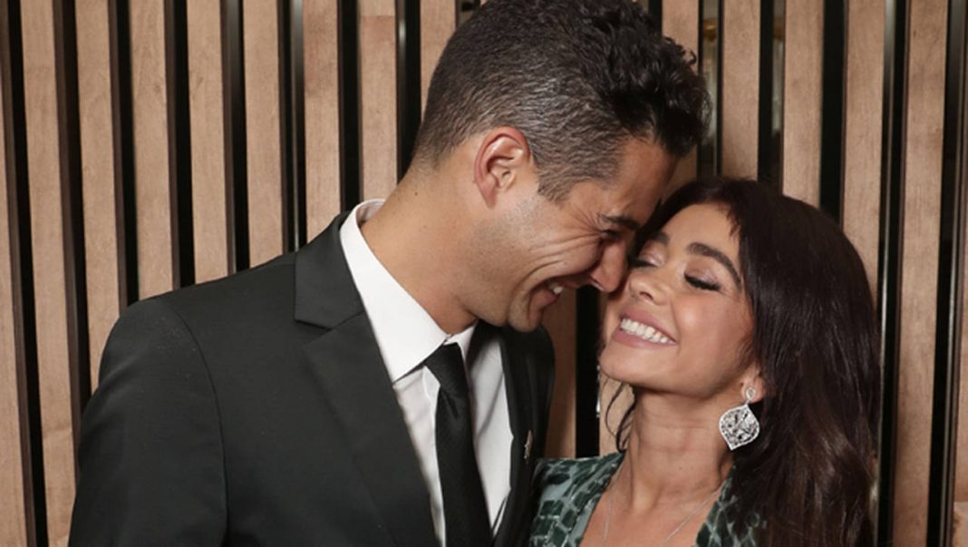 Sarah Hyland and Wells Adams are engaged!